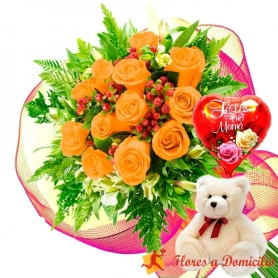 Ramo 12 Rosas Damasco más Globo día de la Madre y Peluche