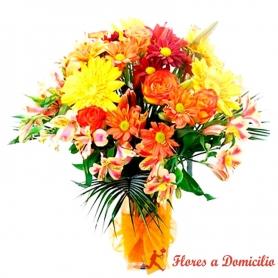 Florero con Flores Tonos Naranja