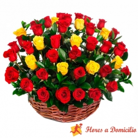 Canastillo redondo Grande con 40 Rosas Rojas y Amarillas