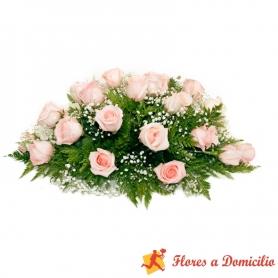 Ovalo de 25 Rosas para Condolencias rosadas palidas