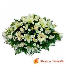 Flores Condolencias Ovalo Flores Mix