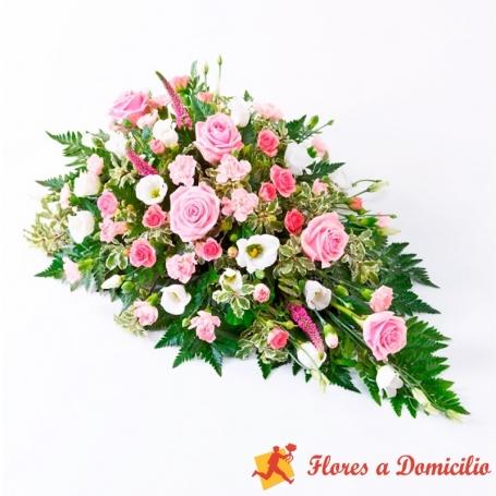 Cubre Urna de flores con 6 rosas rosadas y flores mix en tonos rosa