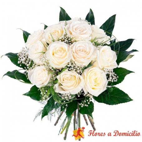 Ramo de 12 rosas Blancas para Condolencias