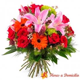 Ramo de Flores Con Liliums Rosados Gerberas y Rosas más Flores mix