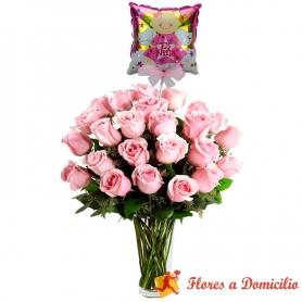 Florero con 24 Rosas Rosadas para Nacimiento con globo es una Niña