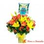 Florero 12 Rosas Circus y Liliums Amarillos + Globo para Nacimiento NIño