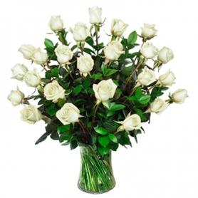 Florero 30 Rosas Blancas para Condolencias
