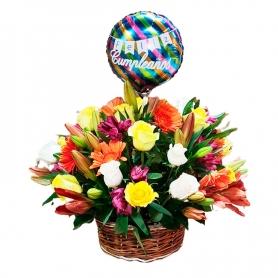 Cesta Para Cumpleaños 12 rosas más astromelias gerberas liliums y flores mix más + globo