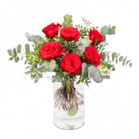 Florero 8 Rosas rojas + Eucaliptos