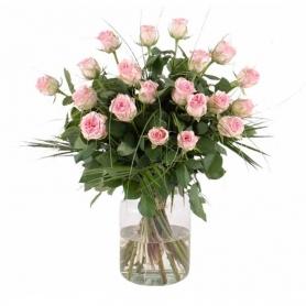 Florero 30 Rosas Rosadas Más Flores Mix
