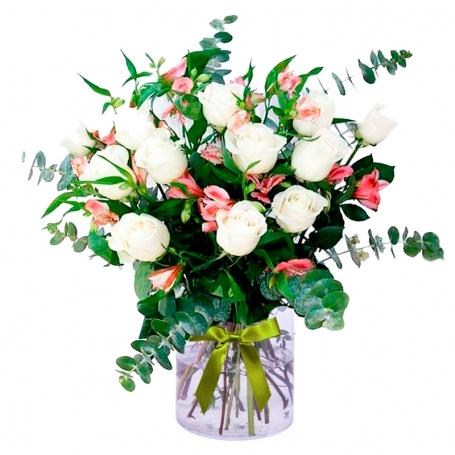 Florero 12 Rosas Blancas y Astromelias