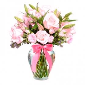 Florero con 10 Rosas y Flores en Tonos Rosados + Liliums y Mini Rosas