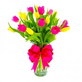 Florero con 20 Tulipanes Amarillos y Rosados