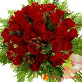 Ramo 32 Rosas Rojas
