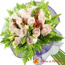 Ramo 22 Rosas Blancas