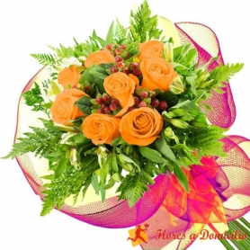 Ramo 8 Rosas Damasco